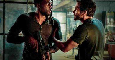 Amulance-movie-film-action-thriller-Jake-Gyllenhaal-Yahya-Abdul-Mateen-II-Michael-Bay-2022